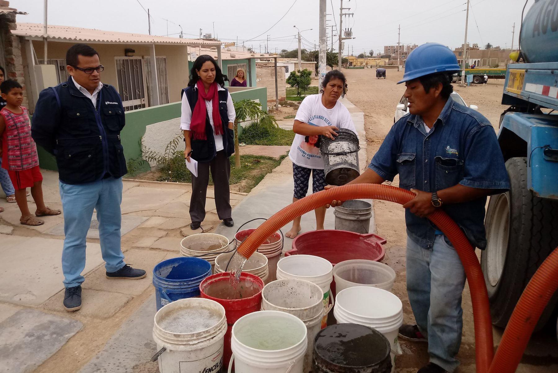 Indeci evalúa solución integral a contaminación del agua potable en Mórrope, Lambayeque. ANDINA