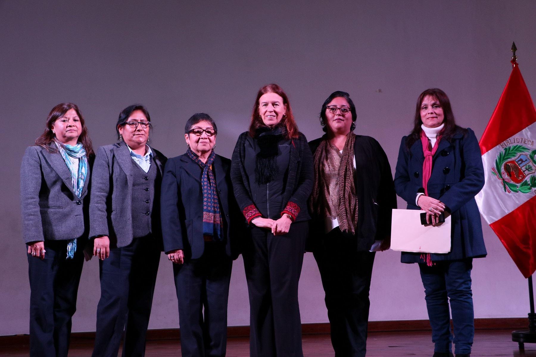 Rosa María Merino Layme asume jefatura de la Gran Biblioteca Pública de Lima