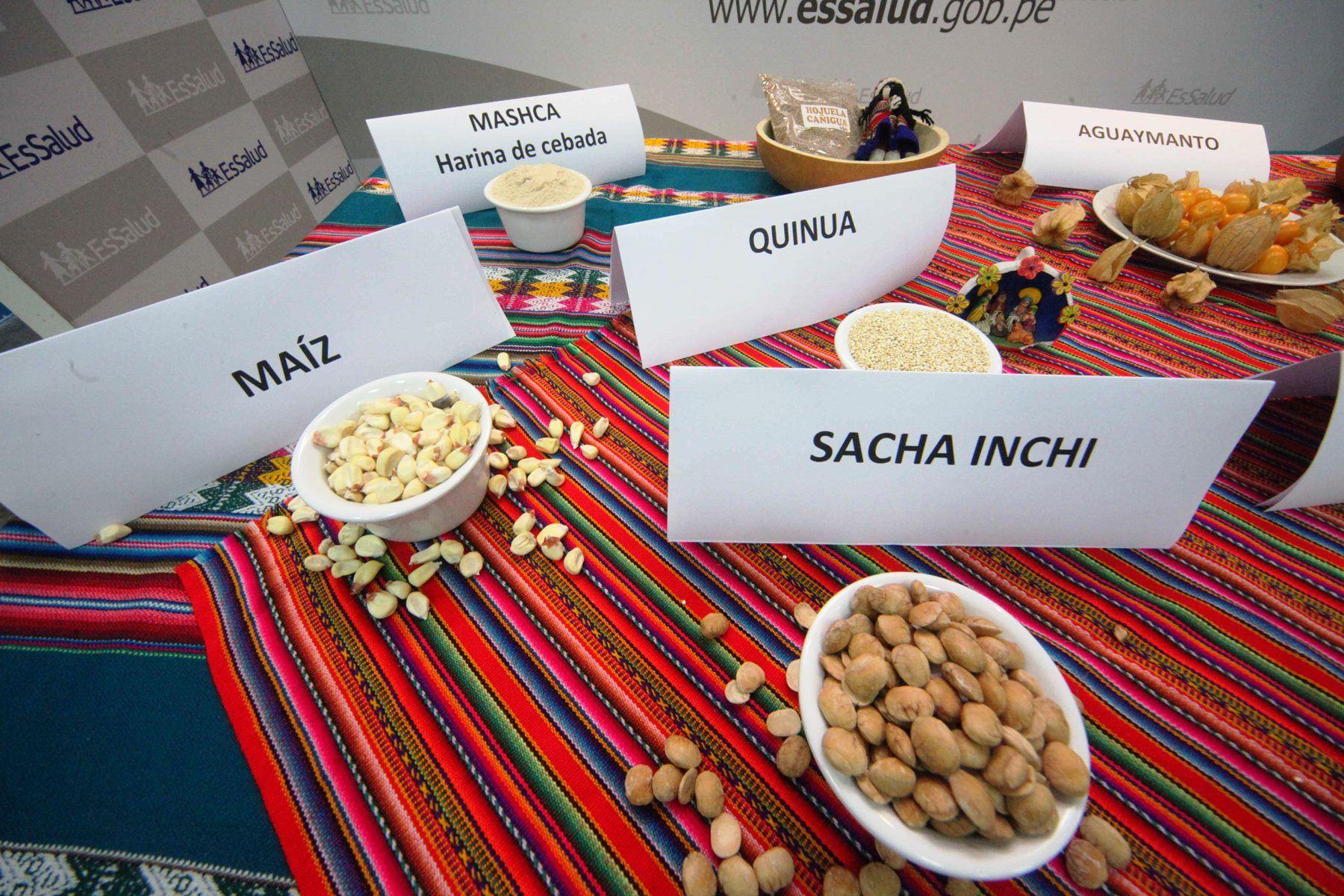 Los granos andinos, como la quinua, la kiwicha, el maíz, el sacha inchi, entre otros, son considerados superalimentos por su alta concentración de nutrientes esenciales para elevar nuestras defensas y optimizar el correcto funcionamiento de nuestro organismo. ANDINA/Difusión