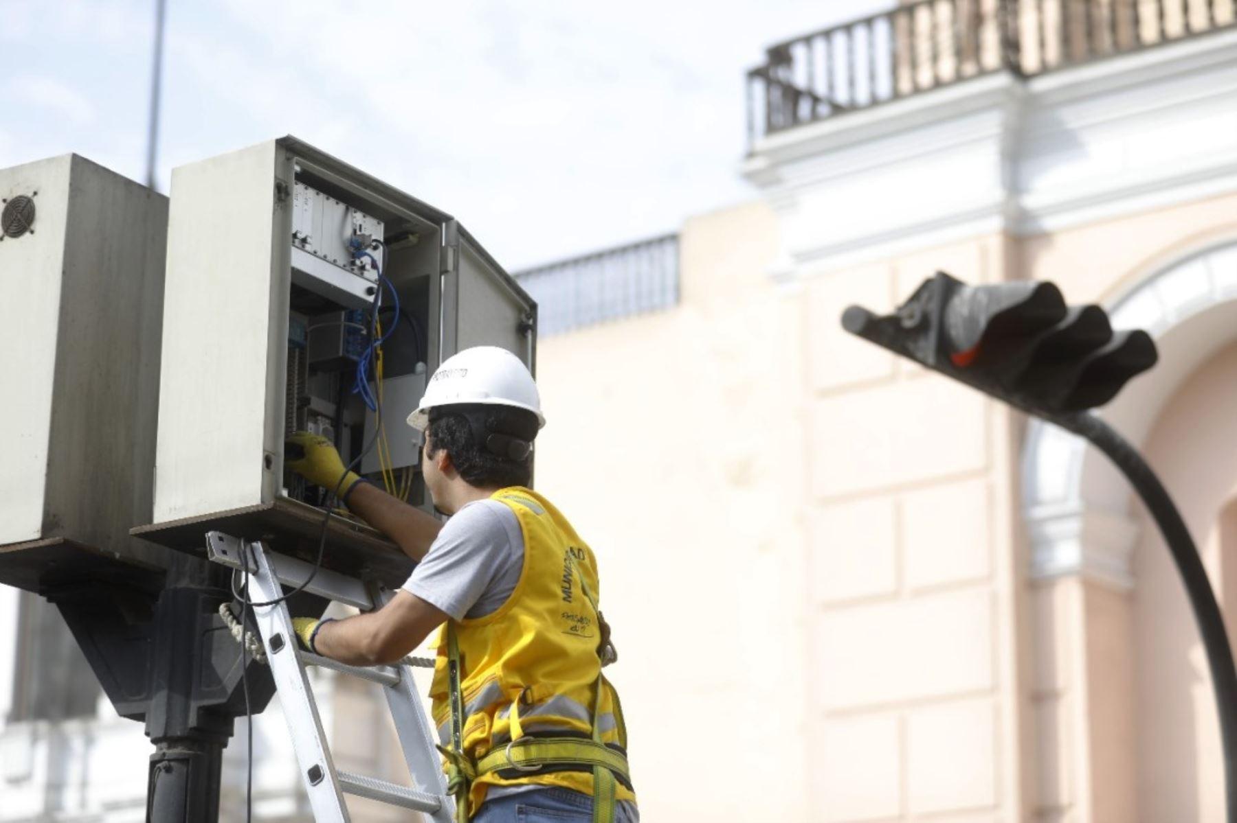 Municipalidad de Lima instalará más semáforos inteligentes en 20 distritos. Foto: ANDINA/Difusión.