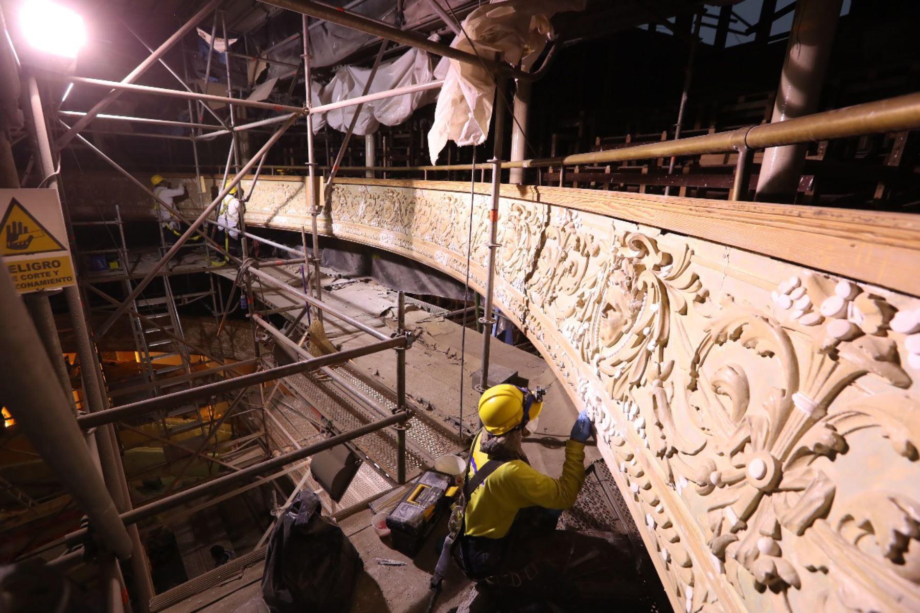 Obras de restauración de Teatro Municipal y Sala Alcedo. Foto: Andina/difusión