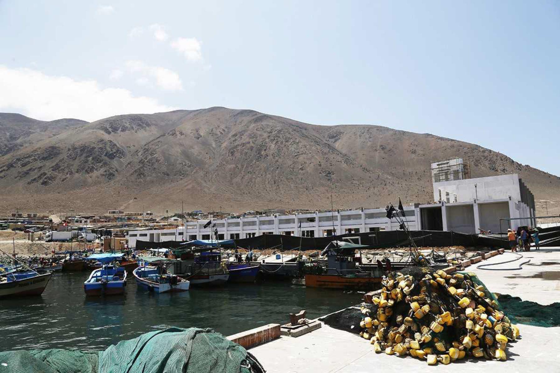 Grupo de trabajo, conformado por Sanipes y Fondepes, verá habilitación sanitaria de desembarcaderos pesqueros artesanales. ANDINA/Difusión
