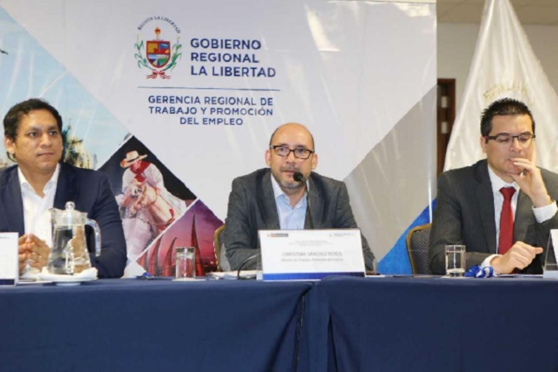 Ministro de Trabajo, Christian Sánchez, inauguró I Encuentro Macrorregional Norte de Directores y Gerentes de Trabajo y Promoción del Empleo, en la ciudad de Trujillo.