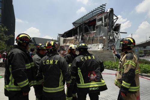 Un centro comercial se derrumba en el sur de la Ciudad de México