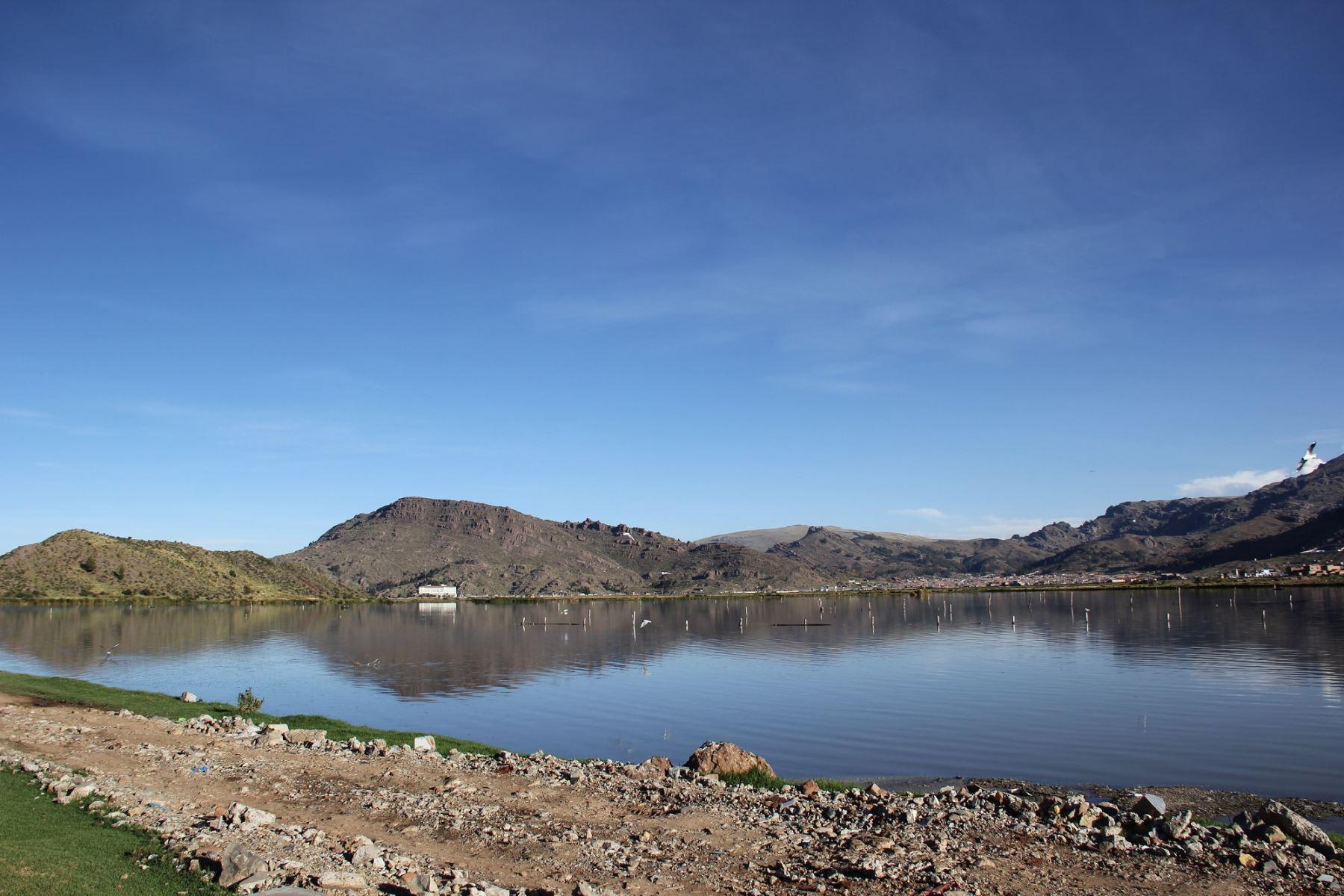 ANDINATres empresas expresan interés en plantas de tratamiento del lago Titicaca, en Puno. ANDINA
