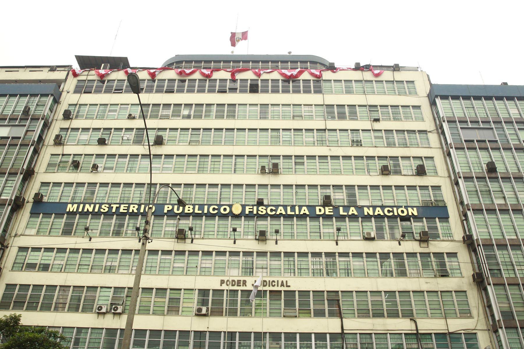 MP allana inmuebles de fiscal Rojas investigado por tráfico de terrenos