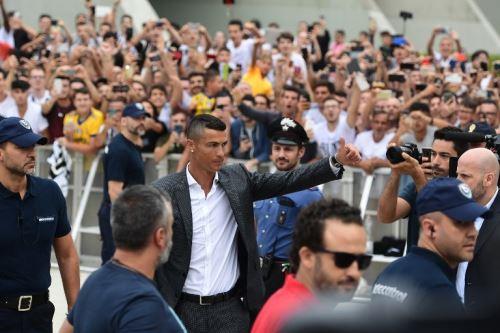 Cristiano Ronaldo vive sus primeros momentos con su nuevo club, la Juventus de Turín