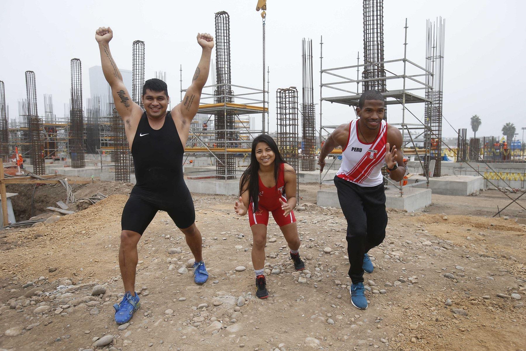 Destacados atletas visitaron la Videna. Foto: Difusión.