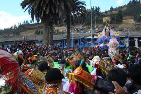 Así vivió Paucartambo, en Cusco, la fiesta en honor de la Virgen Del Carmen. ANDINA/Percy Hurtado