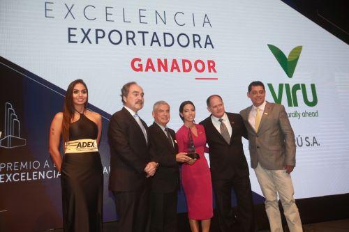 Ceremonia de premiación a la Excelencia Exportadora por el 45 aniversario de Adex