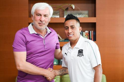 Cueva fue presentado en el FC Krasnodar de  de Rusia