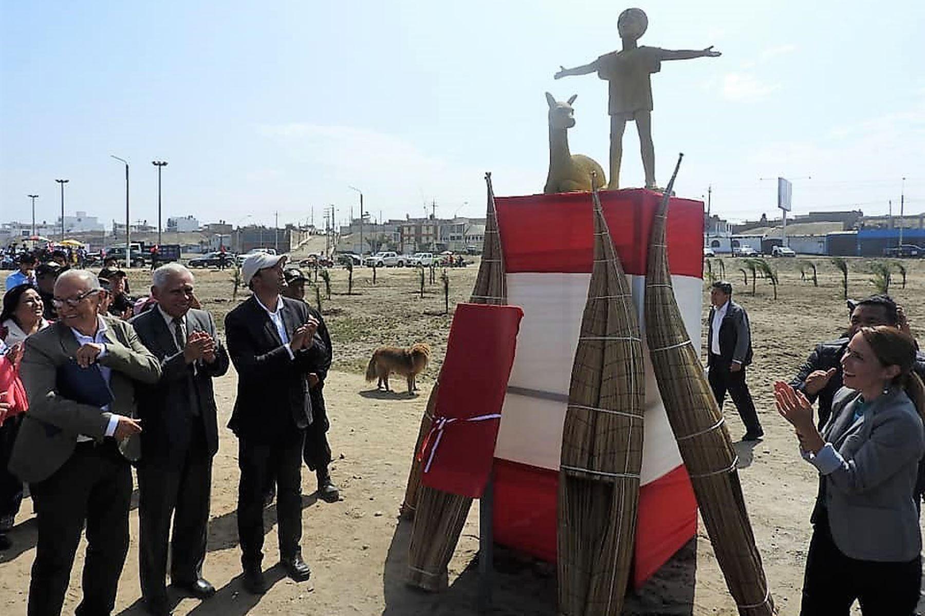 Inauguran en Trujillo parque en memoria de niños sacrificados en época Chimú. Foto: Colegio Premilitar Los Audaces/Facebook