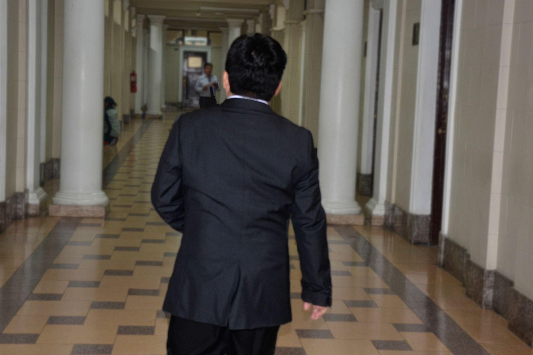 La jefatura de la Oficina de Control de la Magistratura del Poder Judicial (Ocma), a cargo de Ana María Aranda Rodríguez, solicitó la medida disciplinaria de destitución en el cargo de José Heli Gálvez Chávez, magistrado del Juzgado Mixto de Paiján, de la Corte Superior de Justicia de La Libertad, al comprobarse que en el ejercicio de su cargo acosaba sexualmente a una litigante.