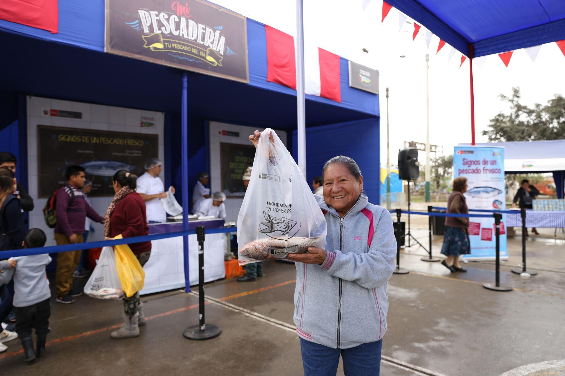 La Pescadería ofrece pescados a precios de terminal. Foto: Andina/Difusión