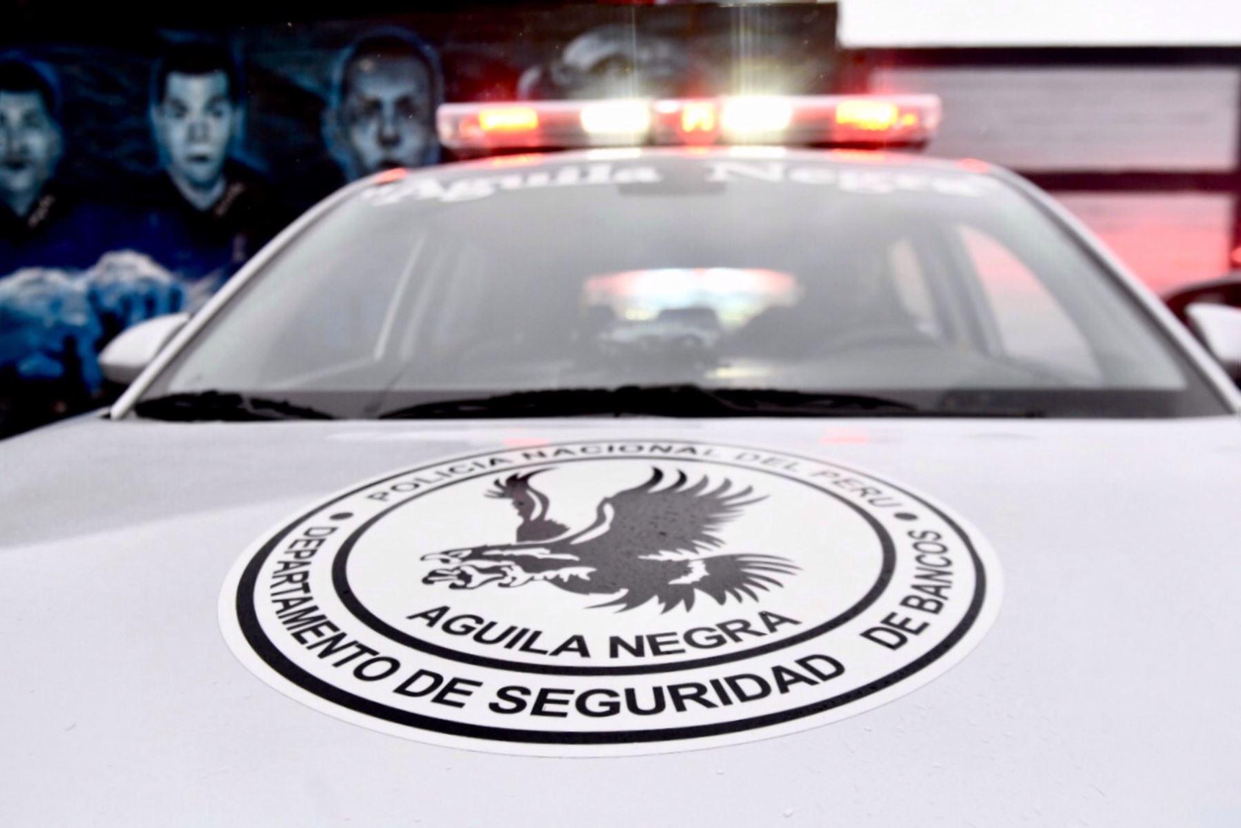 Galer a fotogr fica agencia peruana de noticias andina for Ministerio del interior legalizar titulo