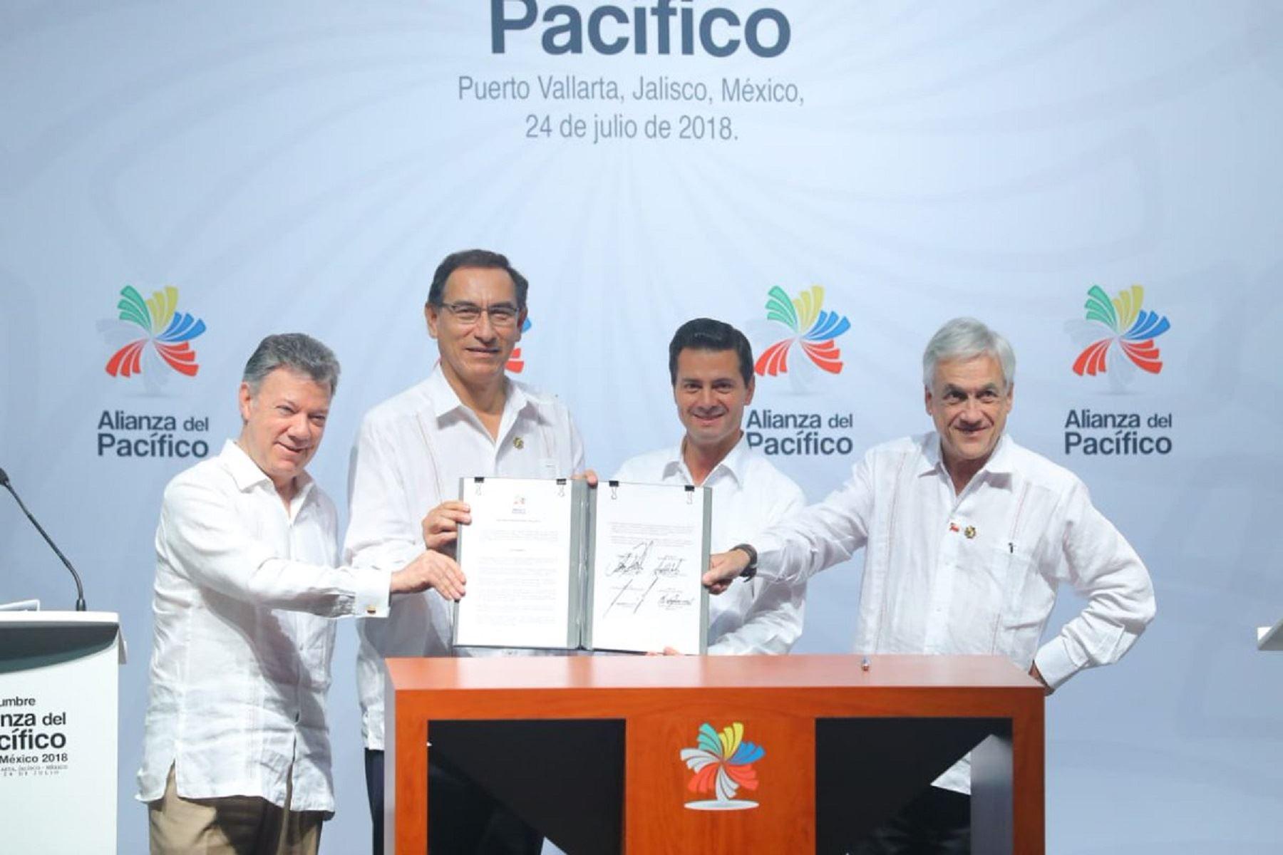 Presidente Martín Vizcarra, participa en la cumbre de la Alianza del Pacífico en la ciudad mexicana de Puerto Vallarta.