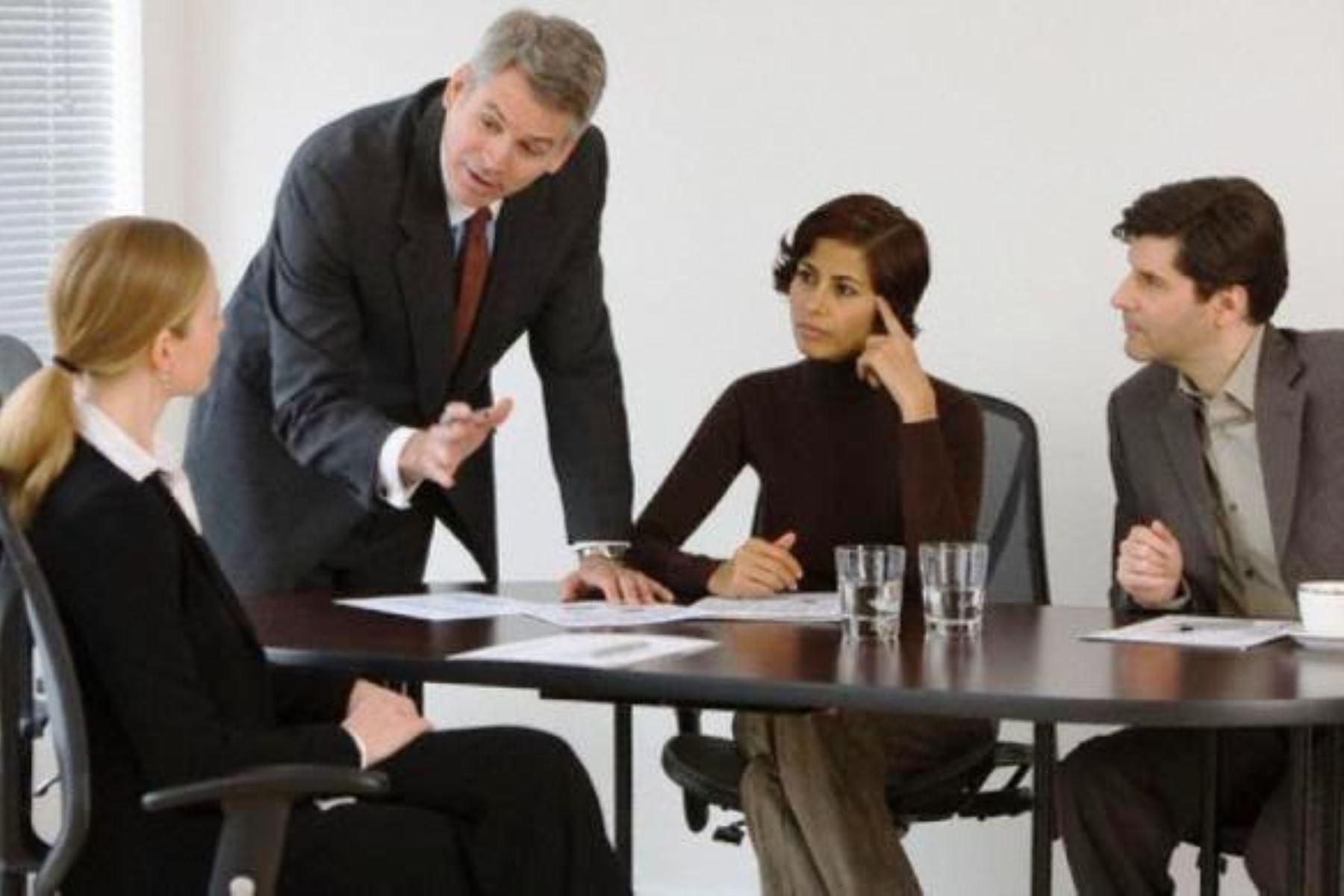 Son muy pocos los líderes empresariales que escuchan a sus colaboradores. Foto: ANDINA/Internet.