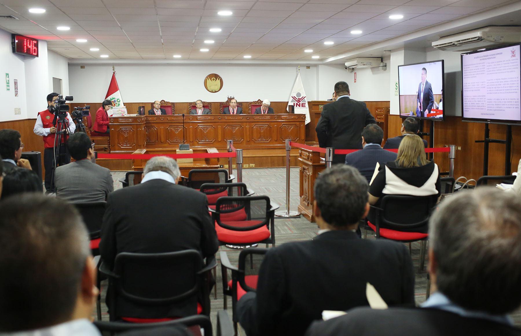 Audiencia pública del pleno del Jurado Nacional de Elecciones.