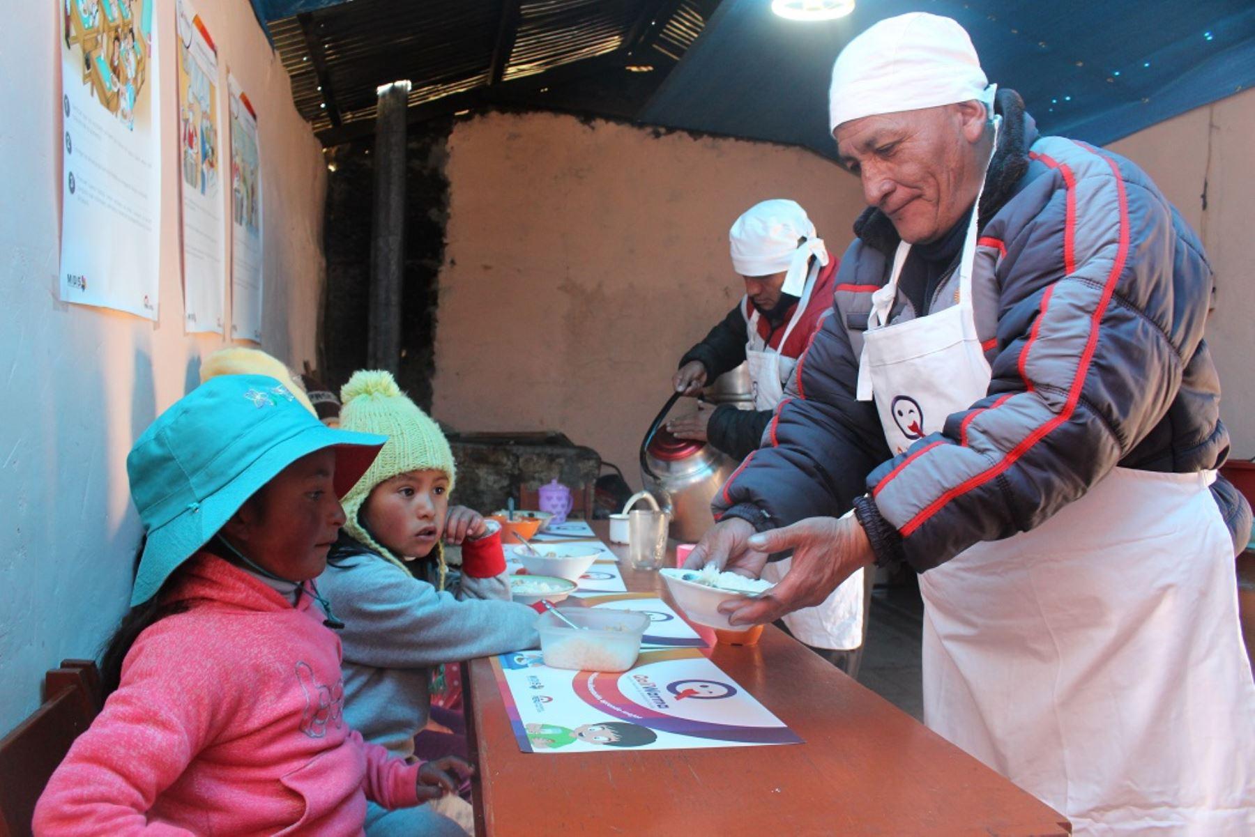 Más de 49,000 escolares de Pasco se benefician con servicio alimentario del programa Qali Warma. ANDINA/Difusión