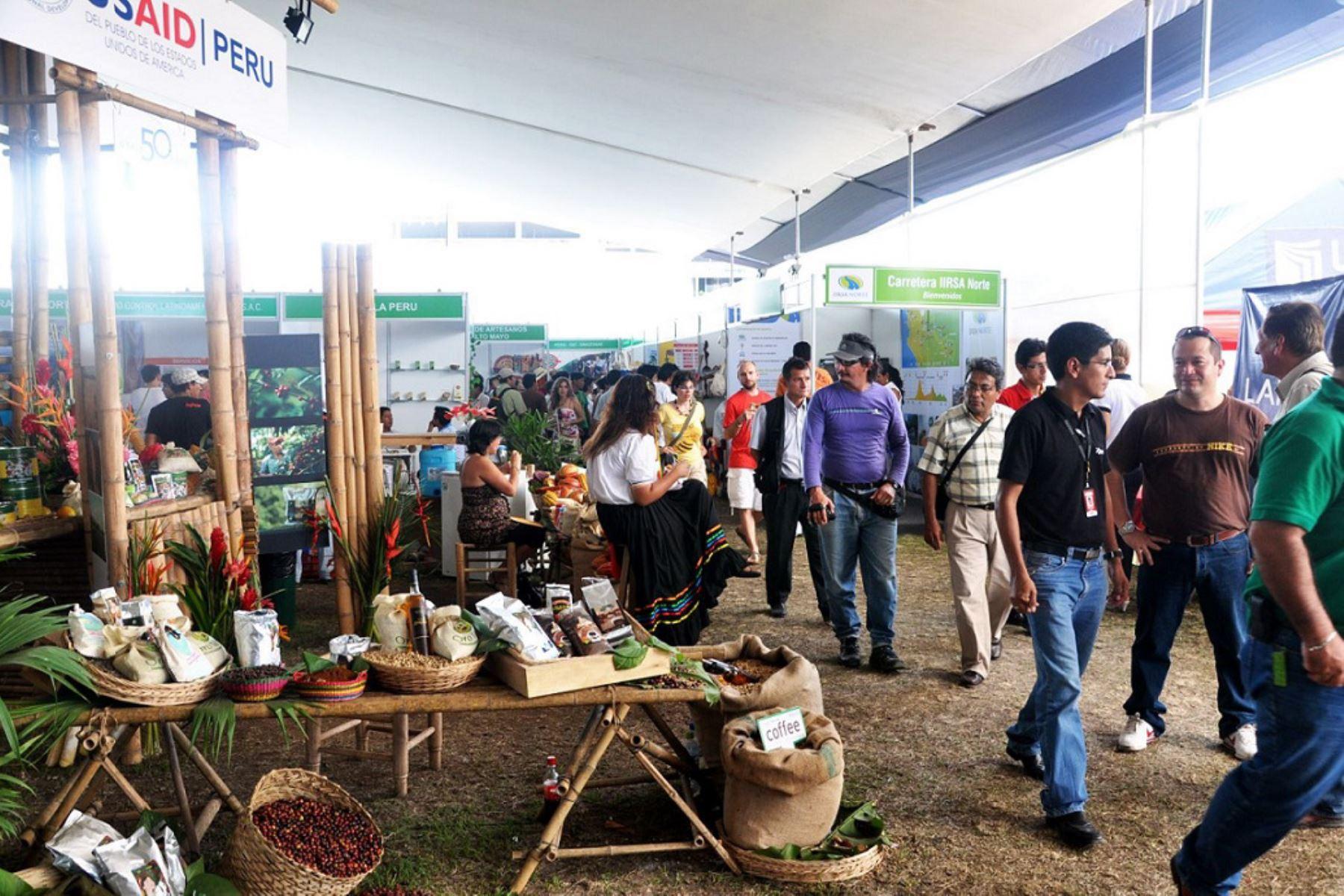 Empresarios de San Martín muestran sus productos emblemáticos en ExpoAmazónica que se realiza en Pucallpa, Ucayali. ANDINA