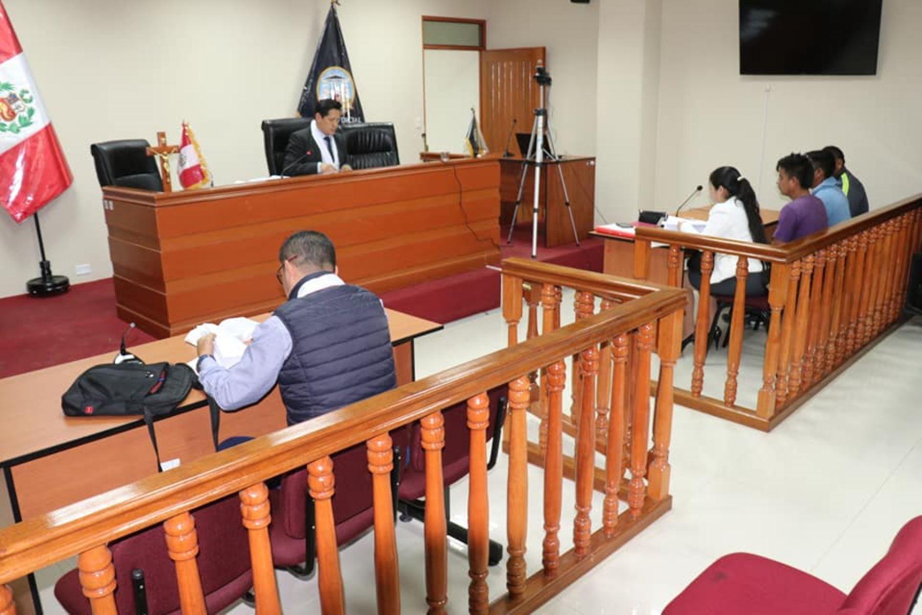 Juzgado de Chimbote ordena prisión preventiva para venezolanos acusados de robo agravado. ANDINA