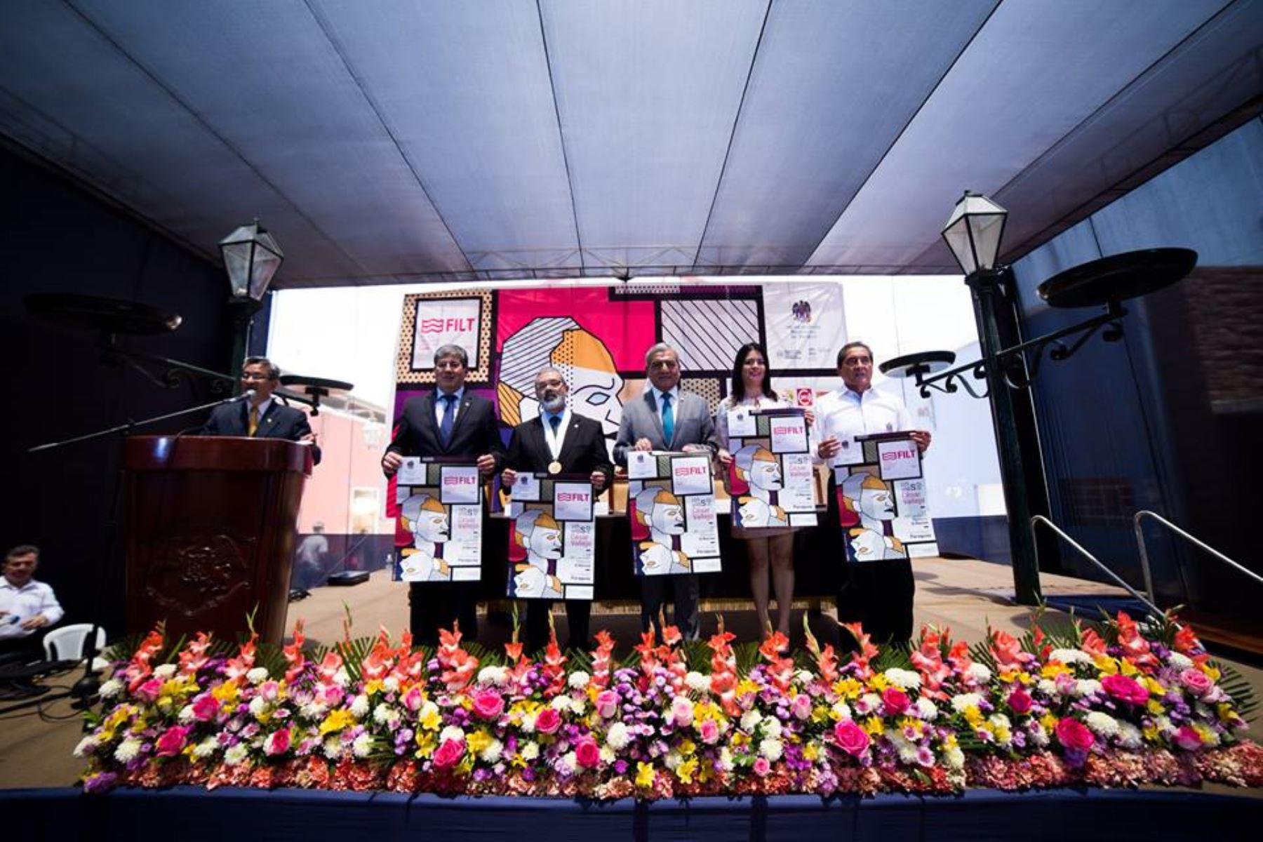 Trujillo inaugura Feria Internacional del Libro en plazuela El Recreo. ANDINA
