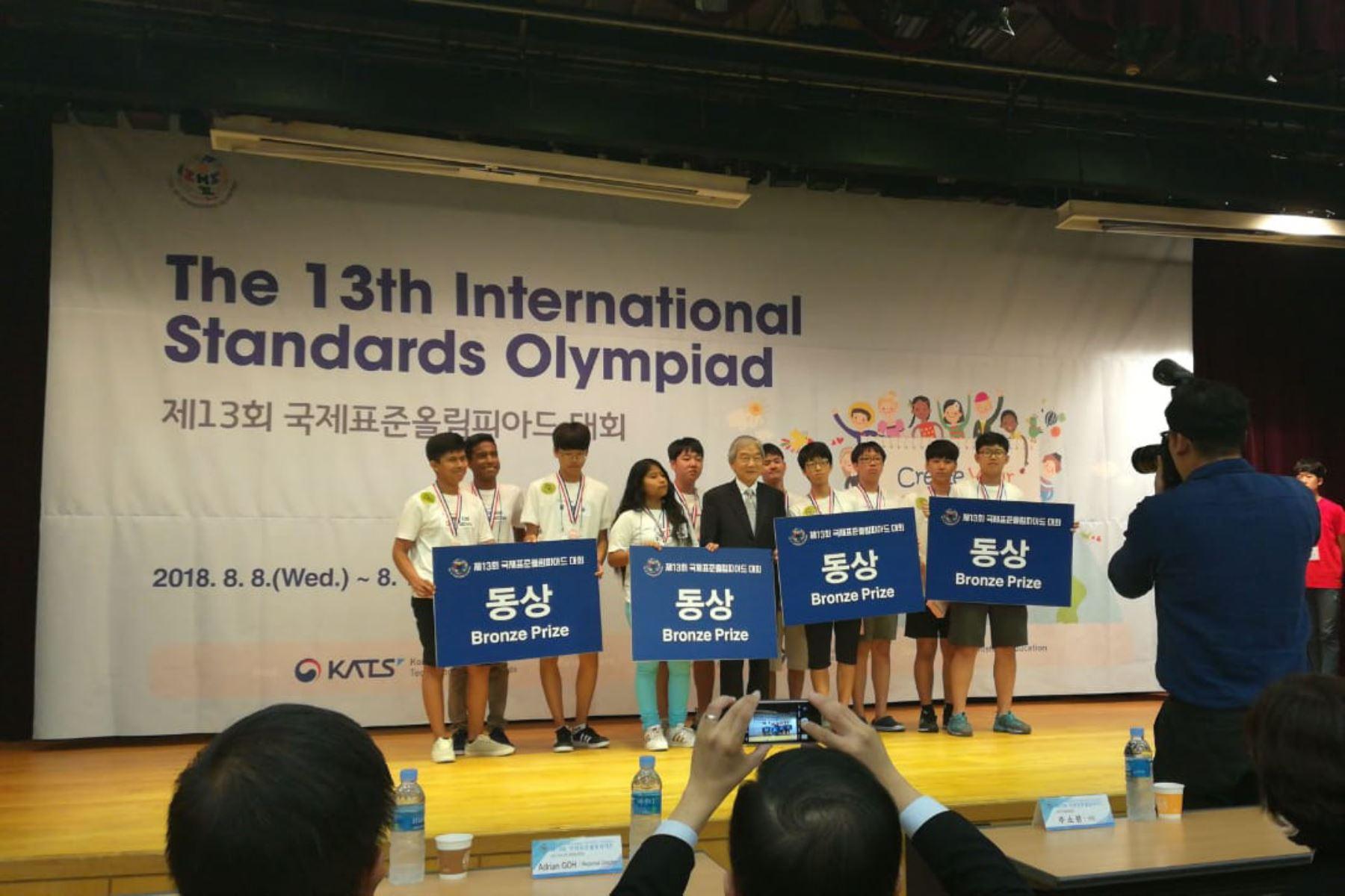 Escolares del Coar Lambayeque triunfan en Corea del Sur y logran medalla de bronce en Olimpiada Internacional de Normalización. Foto: ANDINA/Difusión.