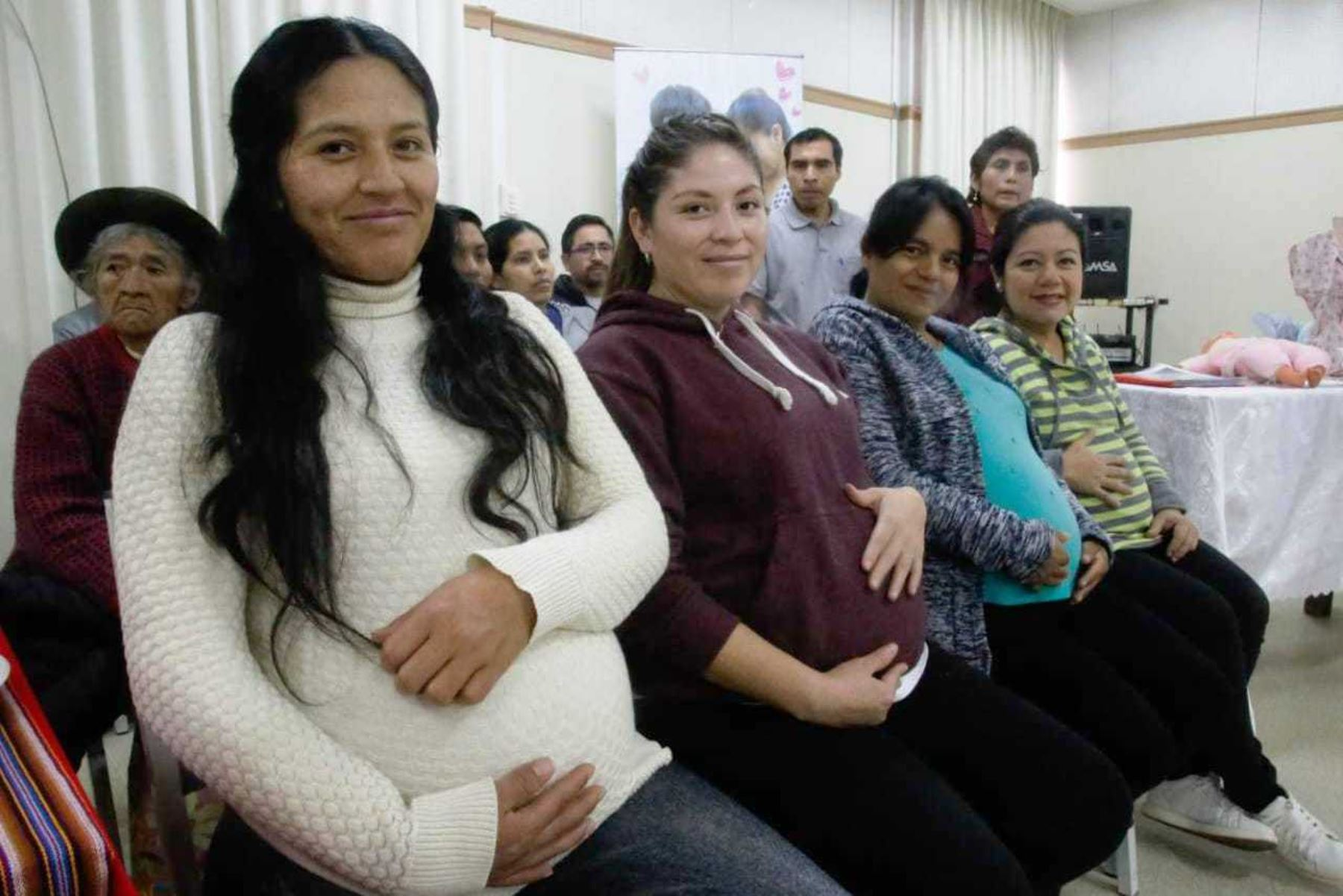 Recomendaciones a las gestantes para el inicio de la lactancia materna. Foto: ANDINA/Difusión.