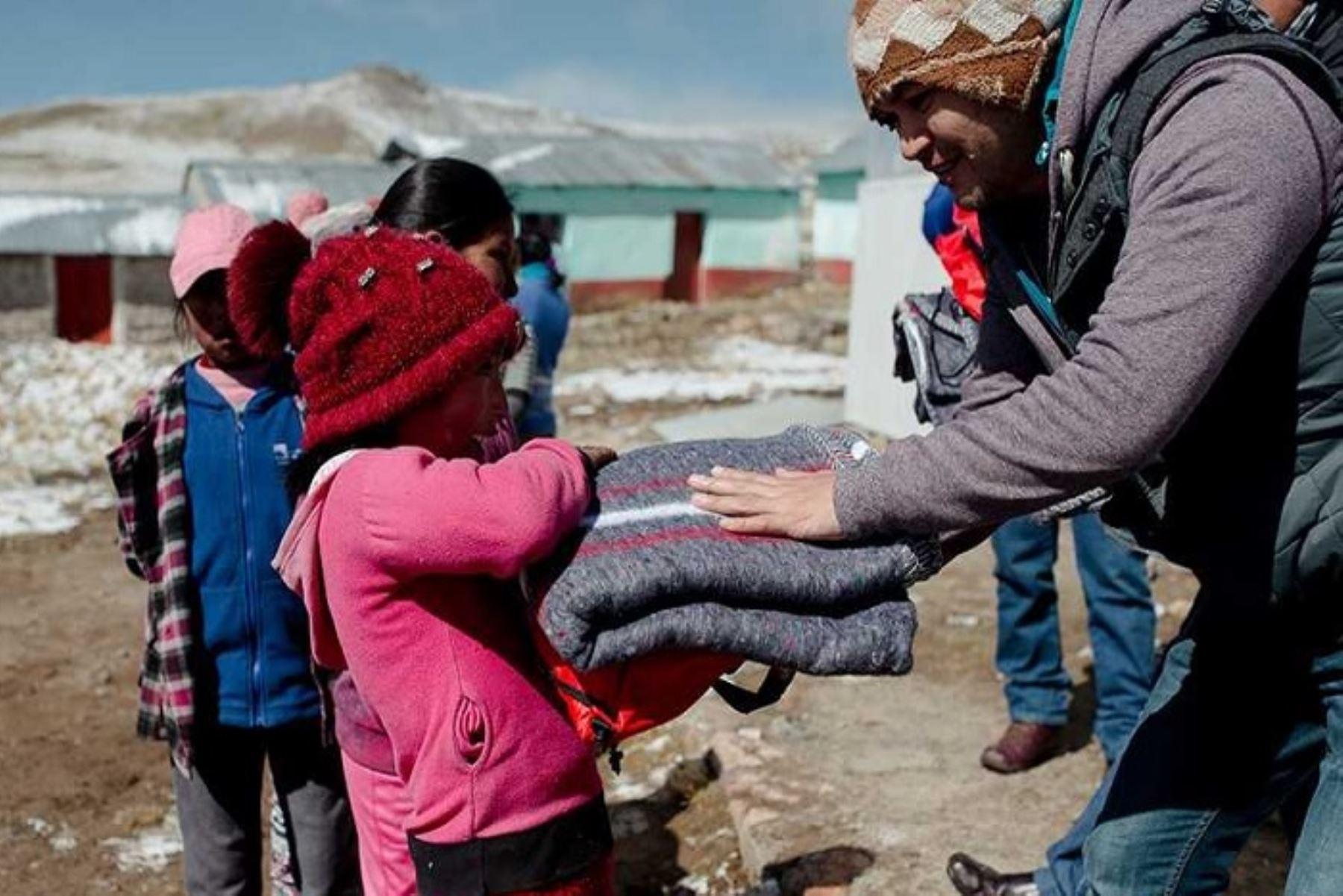 El Ejecutivo aprobó el Plan de Contingencia Nacional ante Bajas Temperaturas, con la finalidad de promover la coordinación multisectorial y la articulación entre los niveles nacional, regional y local ante la ocurrencia o inminencia de peligros asociados a la temporada de heladas y friaje. ANDINA/Difusión