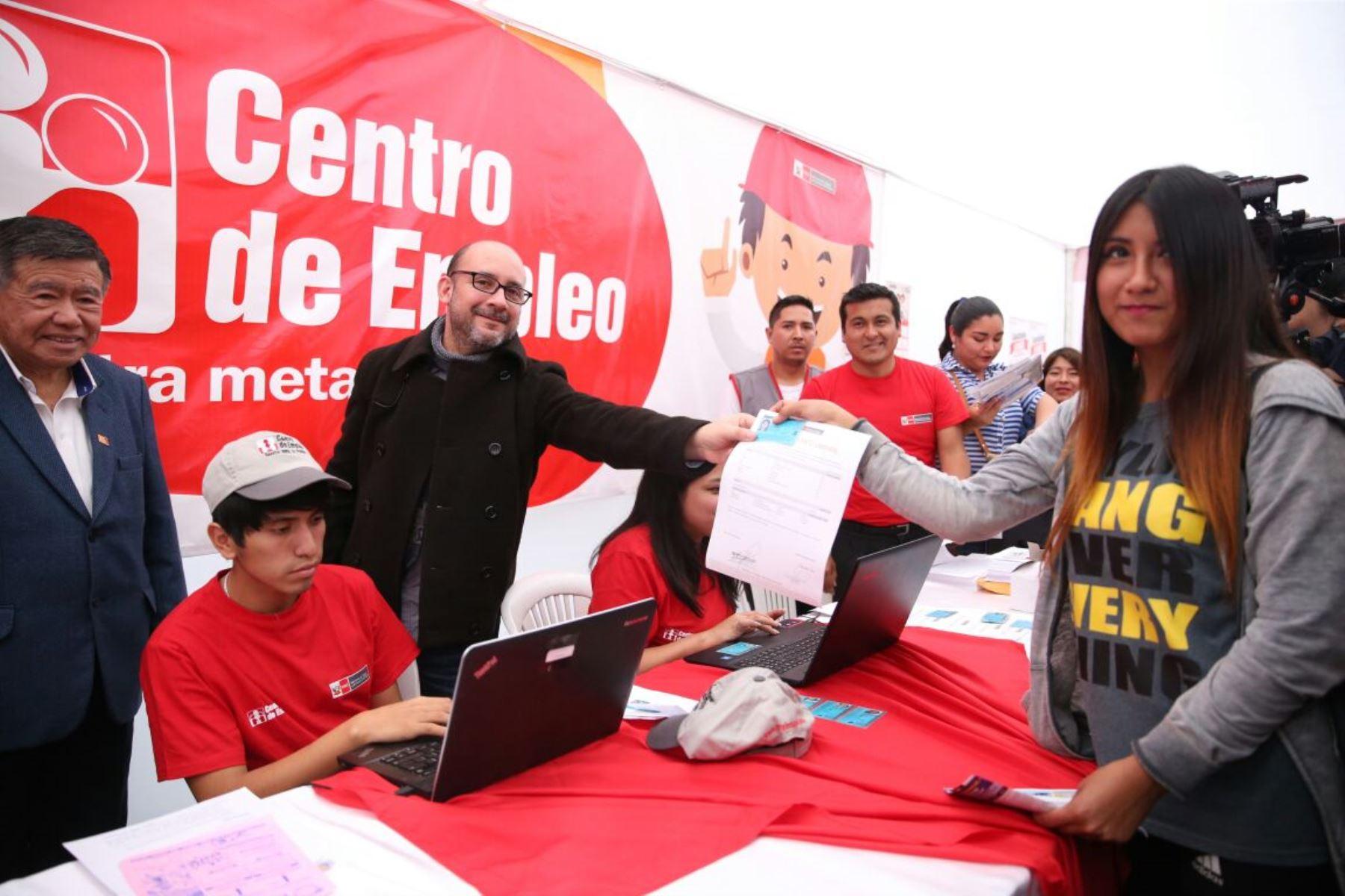 Ministro de Trabajo, Christian Sánchez inauguró Semana del Empleo en Huacho, Lima.ANDINA/Difusión