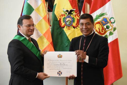El canciller Néstor Popolizio recibió condecoración con la Orden del  Cóndor de los Andes en Grado de Gran Cruz, de Bolivia