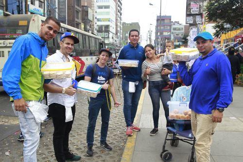 Ciudadanos venezolanos en Perú opinan sobre exigencia de pasaporte