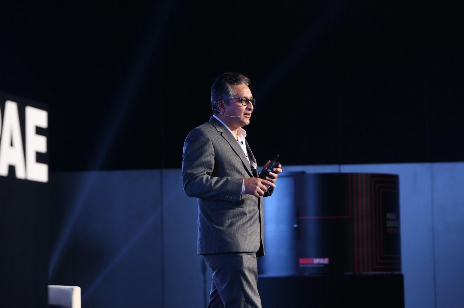 Director de la carrera de Ciencia de la Computación de UTEC, Ernesto Cuadros. Foto: cortesía.