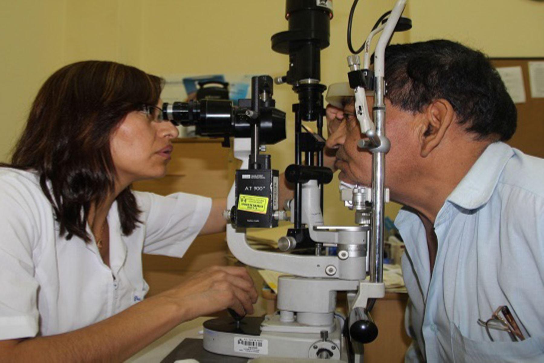 Telesalud capacita a médicos en tratamiento de enfermedades oculares.Foto:  ANDINA/Difusión