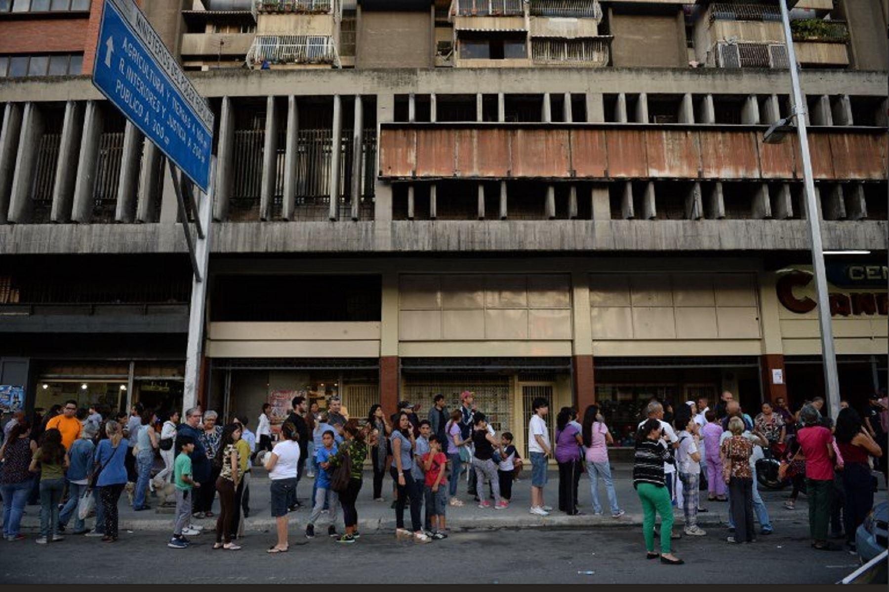 Fuerte sismo en Venezuela