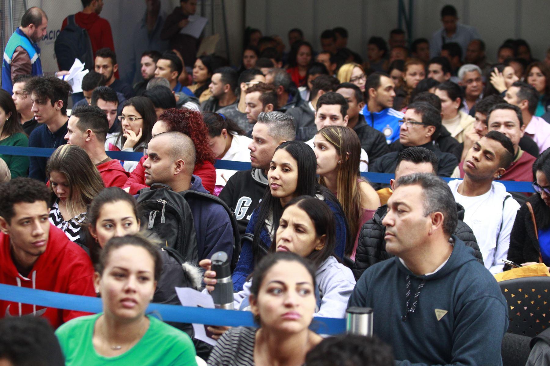 170 mil venezolanos en Perú no han tramitado el PTP