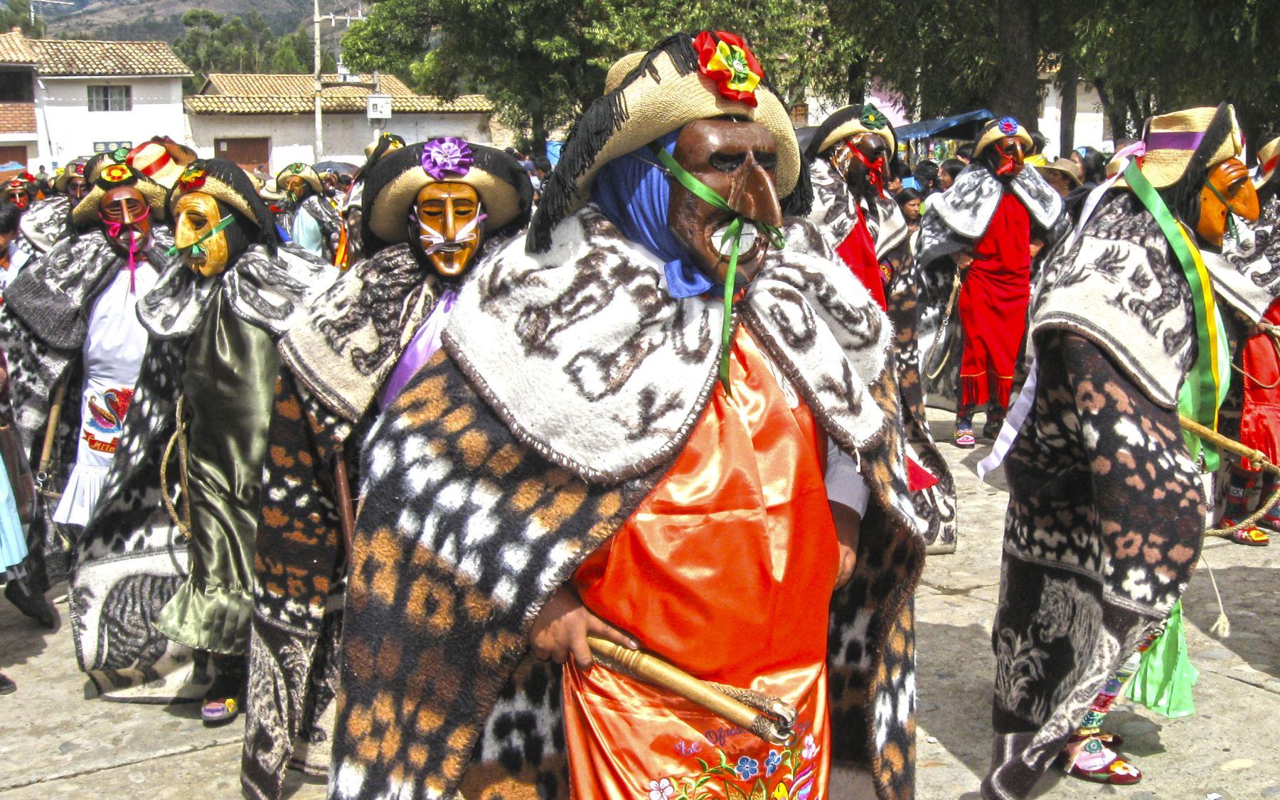 La Huaconada de Mito, danza emblemática de la región Junín, es una de las celebraciones jubilares con las que empezará el calendario festivo 2020 en el Perú. ANDINA/archivo