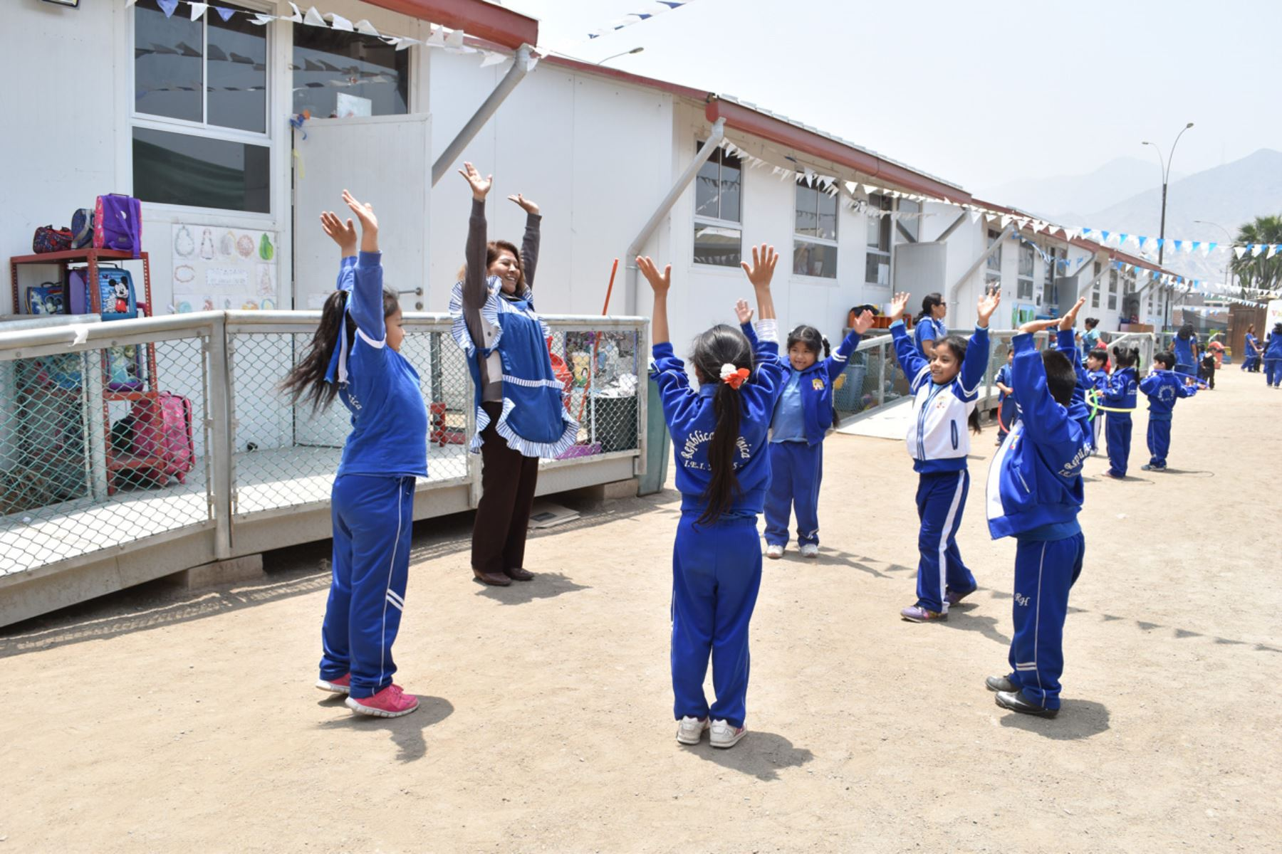 Nuevos módulos educativos benefician a más de 10,000 escolares de 14 regiones. ANDINA/Difusión