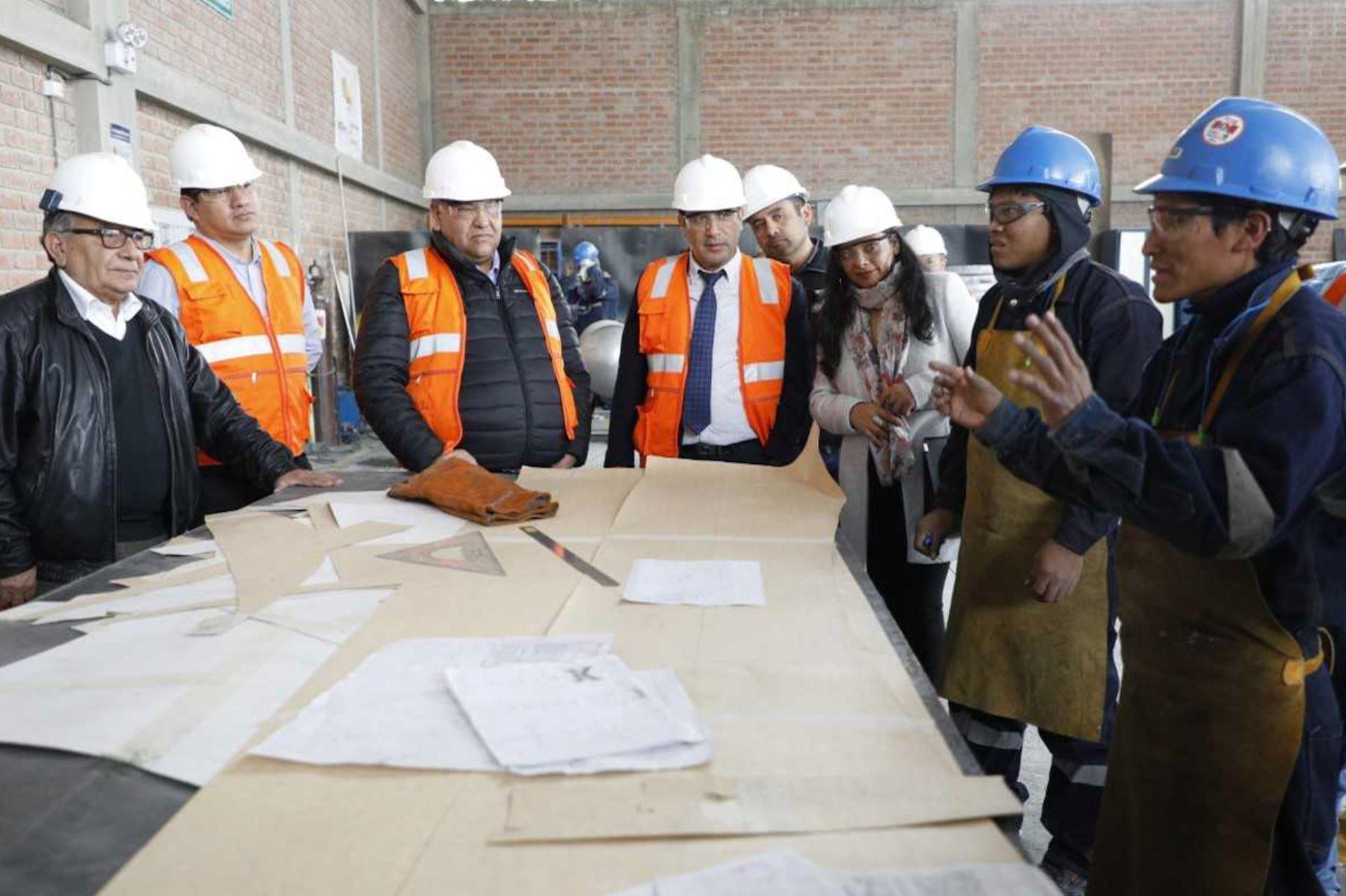 """En más de 40 millones de soles se incrementaron las ventas de las micro, pequeñas y medianas empresas (mipymes) que brindan servicios al sector minero en la región Cajamarca, gracias a la ejecución del proyecto """"Articulando proveedores locales de Yanacocha"""", cofinanciado y acompañado técnicamente por el Programa Innóvate Perú del Ministerio de la Producción."""