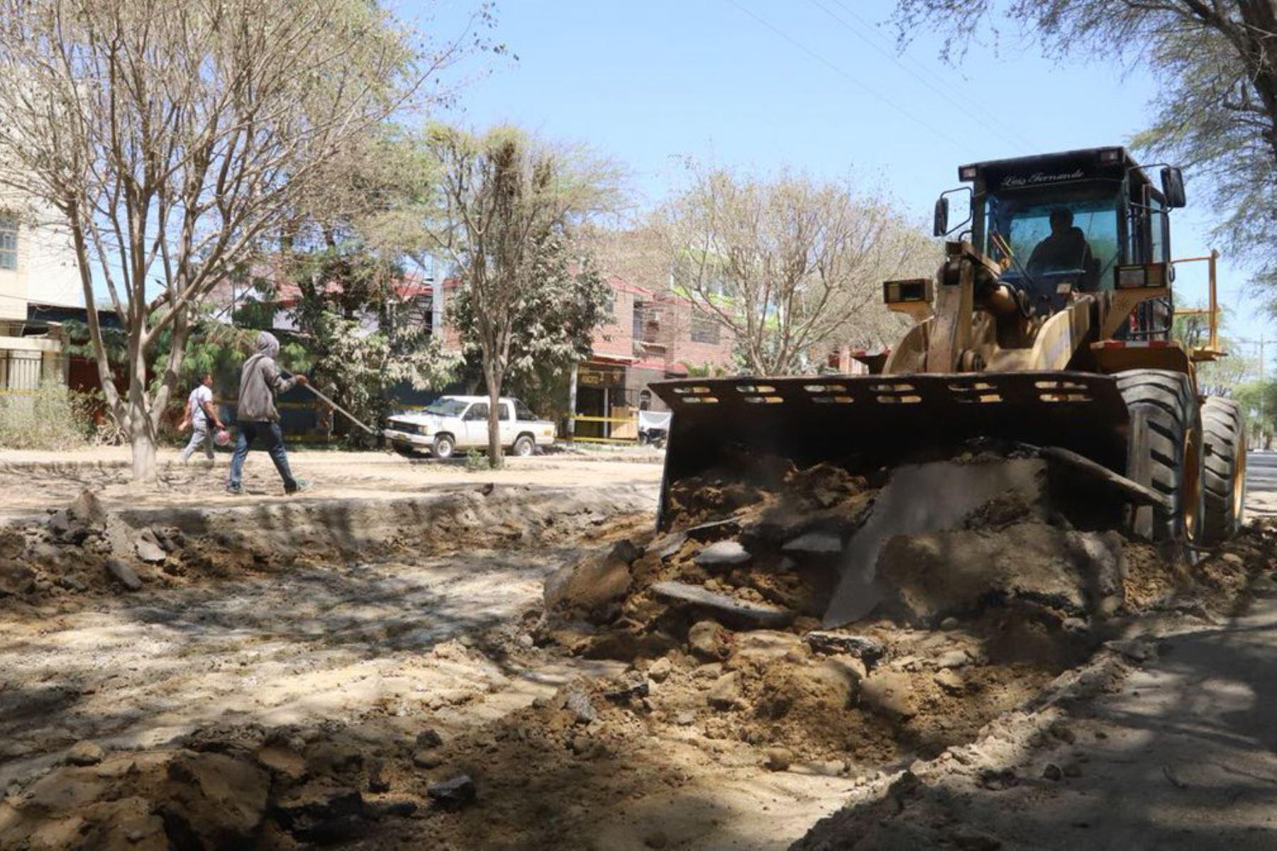 La Autoridad para la Reconstrucción con Cambios transfirió 30.1 millones de soles a la región Áncash durante la segunda quincena del mes de agosto, a fin de ejecutar diversas obras viales, de saneamiento e infraestructura de riego.
