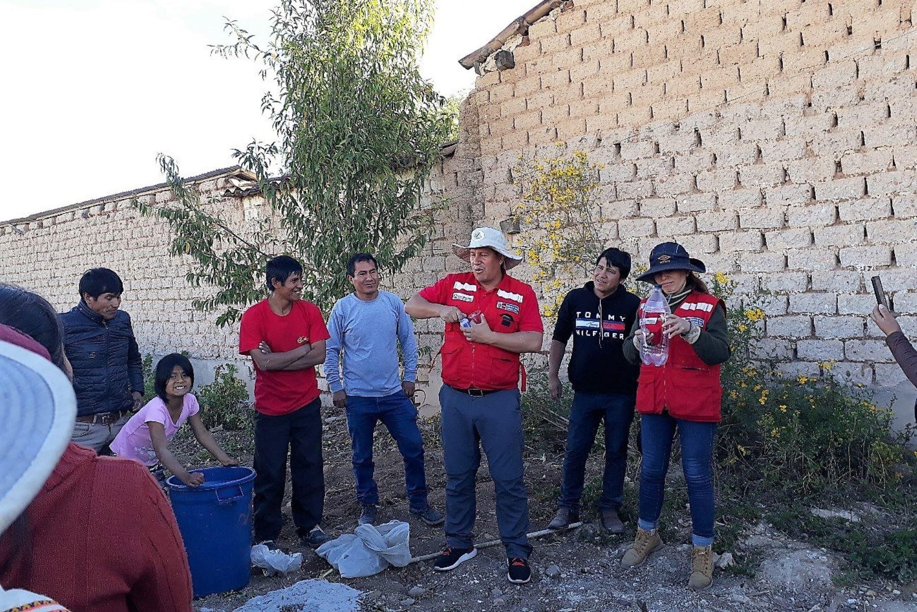 Qali Warma implementa huertos escolares en Junín para sembrar hortalizas orgánicas. ANDINA