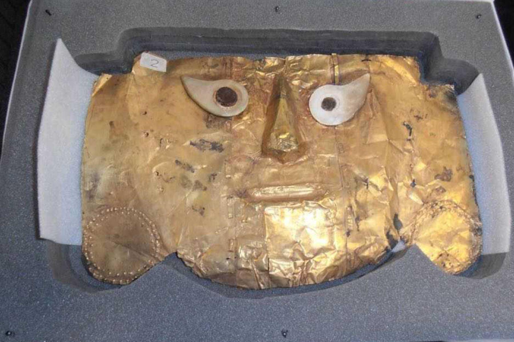 Después de 19 años de proceso judicial, el Perú recuperó la Máscara de Sicán, perteneciente a su patrimonio cultural, que en 1999 fue decomisada por parte de la Oficina de Interpol en Wiesbaden, Alemania.