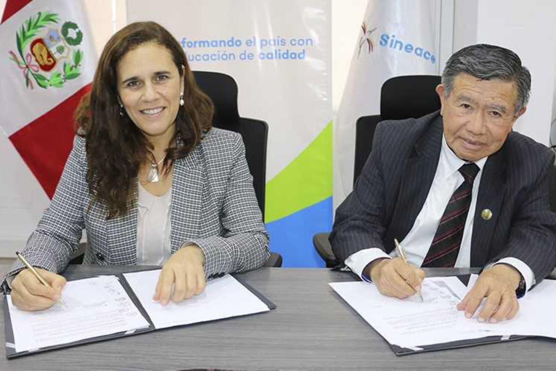 El Gobierno Regional de Lima también promoverá los procesos de evaluación para la acreditación de la calidad educativa y para la certificación de competencias, informó el Sistema Nacional de Evaluación, Acreditación y Certificación de la Calidad Educativa (Sineace).