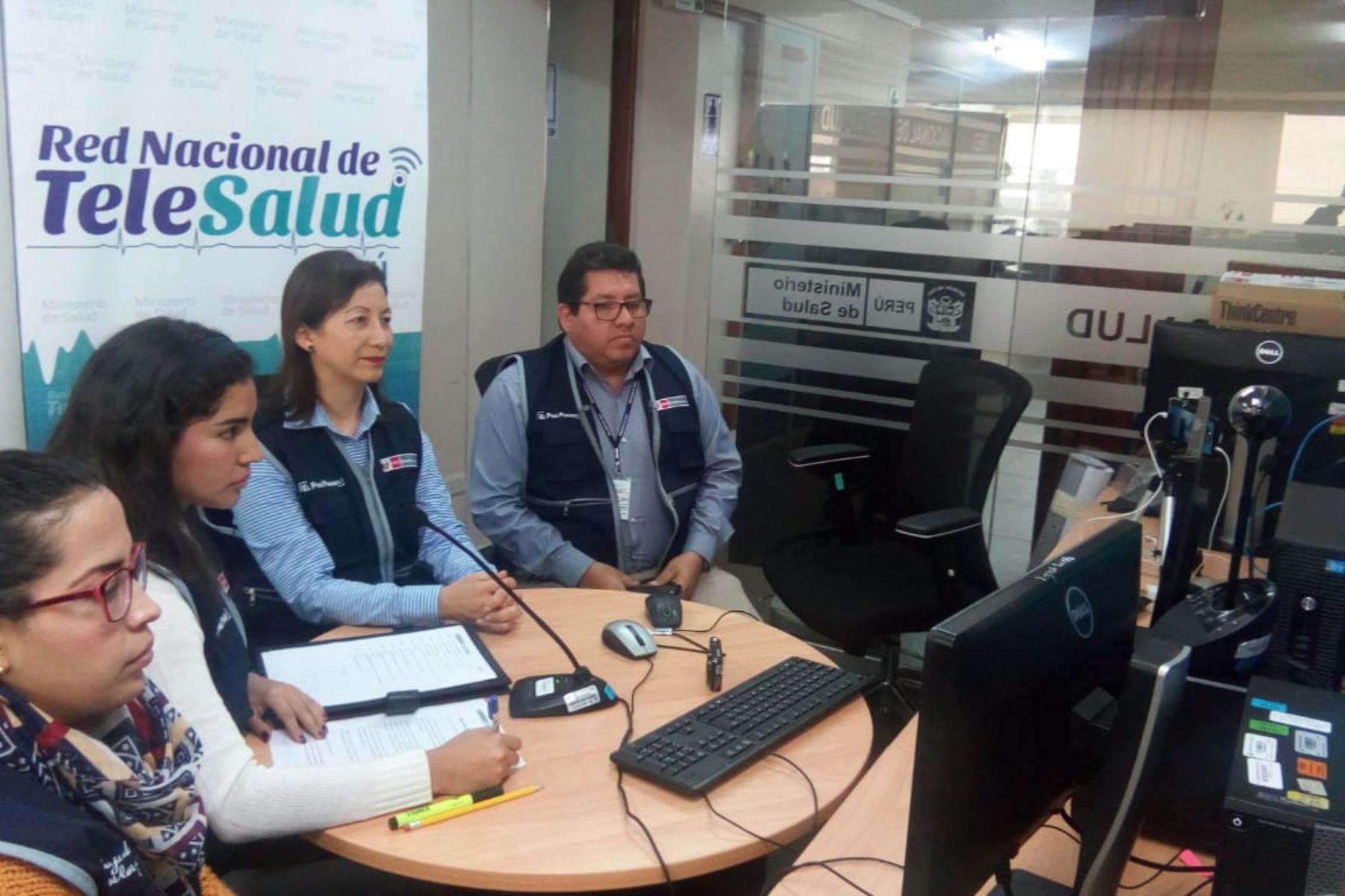 La Red Nacional de Telesalud cuenta con 209 establecimientos de salud a escala nacional, lo que permite mantener interconectado a todo el Perú.
