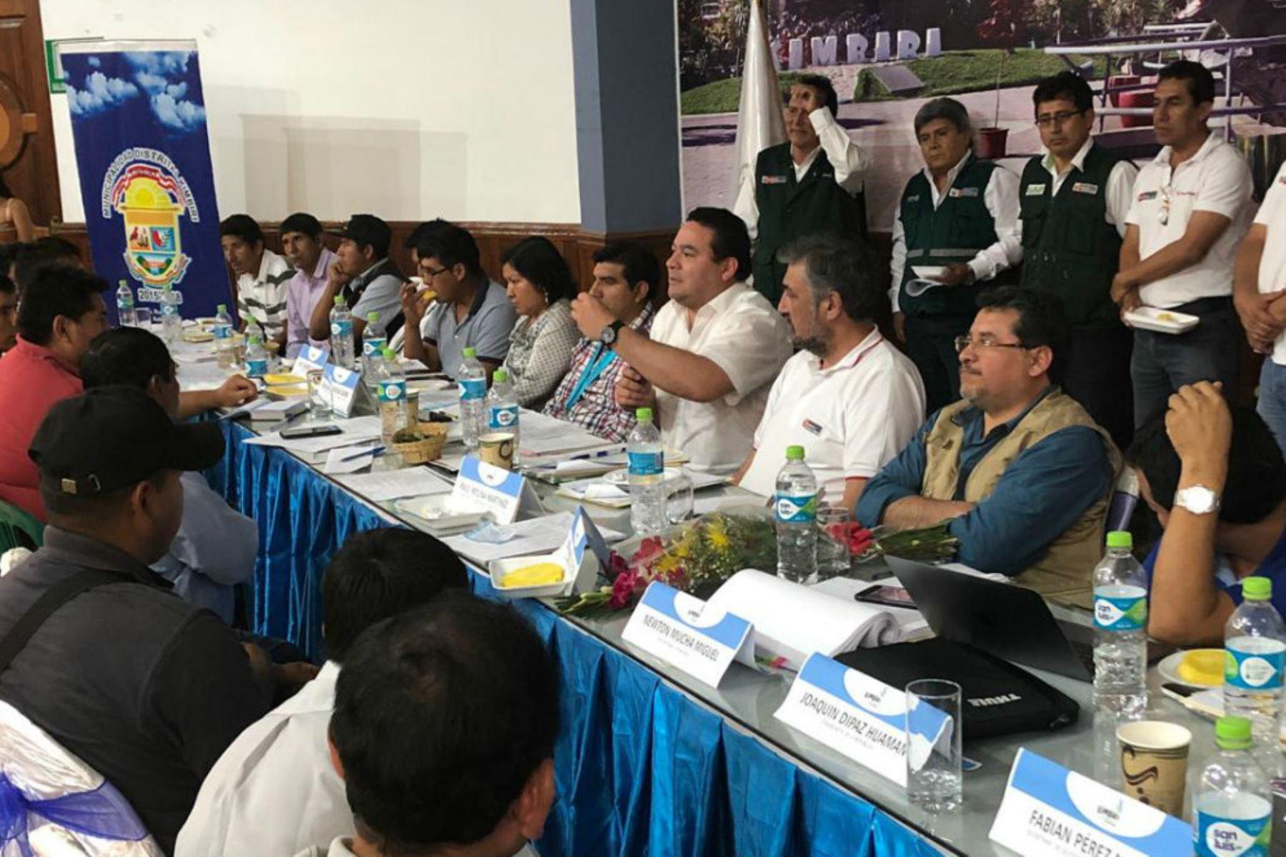 Gobierno dialoga con organizaciones del Vraem por el desarrollo de la zona.