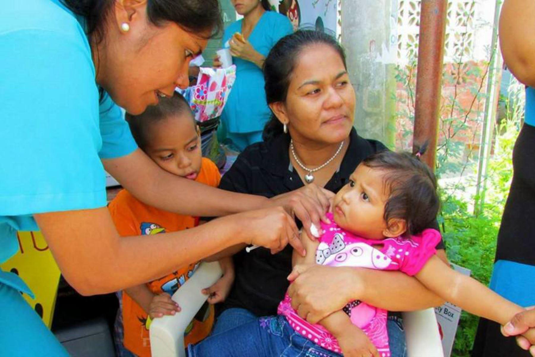 La Red de Salud Pacífico Norte indicó que 2,121 niños menores de 5 años han recibido las dos dosis de la vacuna SPR.