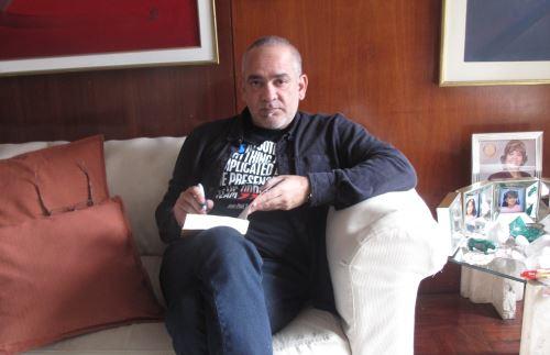 Novelista Gustavo Faverón - Foto: Ernesto Carlín