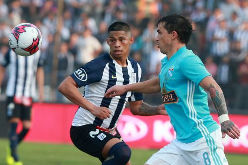 Sporting Cristal ganaba 2-1 a Alianza Lima, se suspende