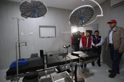 Presidente Vizcarra inspecciona el Hospital de Huarmey