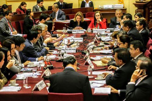 Comisión de Constitución en el Congreso de la República